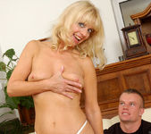 Merilyn - Milf Sex - Anilos 4