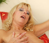 Merilyn - Milf Sex - Anilos 10