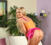 Diana Doll - Dildo Toying - Anilos 6