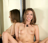 Lacey - Lacey Toying - Anilos 13