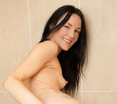 Carmel Cox - sudsy bath & shower 19