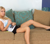 Vanesa - slutty teen blonde fingering herself 2