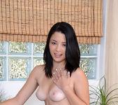 Daisy Summers - pussy vibrations 14
