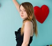 Alaina Fox - Pretty amateur teen 2