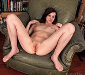 Victoria Cheeks - Nubiles 14