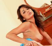 Gigi Larios - Nubiles 16