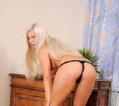Candy Blond - Nubiles 9
