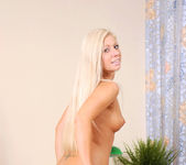 Candy Blond - Nubiles 10