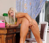 Candy Blond - Nubiles 12