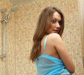 Aliana - shower time - Teen Solo 2