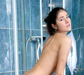 Agnessa - bath-time suds 5