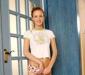 Linda - Nubiles - Teen Solo 2