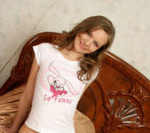 Aimee - naked teen with a wonderful smile 5