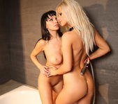 Marta & Bridget - Watch4Beauty 12