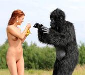 Becca and the beast - Becca 5
