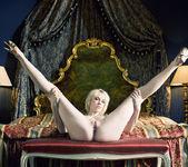 White lady - Jennifer 11