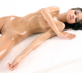 Oil - Nika - Watch4Beauty 11