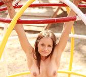 Playground - Kari - Watch4Beauty 11