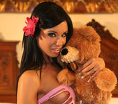 Toy - Ashley Bulgari - Watch4Beauty 4