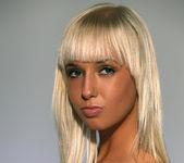 James blond - Natali - Watch4Beauty 8
