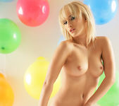 Party - Serrenity - Watch4Beauty 3