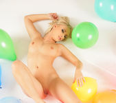 Party - Serrenity - Watch4Beauty 7