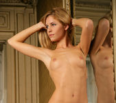 Gallery - Iveta B - Watch4Beauty 10