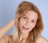 Naked Model Sofi - Capture Me 15
