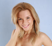 Naked Model Sofi - Capture Me 16