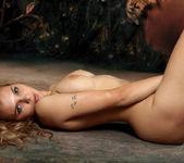 Nude Model Sonya - Story 14