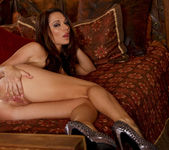 Destiny Dixon Enjoys Fingering Herself 15