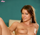 Melisa Mendiny Penetrates Her Spot With Her Fingers 15
