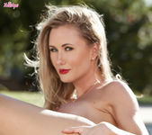 Sammi Tye Stimulates Her Wet Pussy With Her Fingers 15