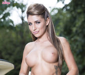 Jenny Laird Masturbates Outdoors Until She Cums 7