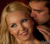 Suaves Caricias - Aaliyah Love And Logan Pierce 12
