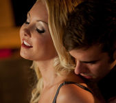 Suaves Caricias - Aaliyah Love And Logan Pierce 15