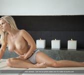 Blonde Ambition - Miela 5