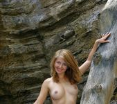 Far Away - Mila - Femjoy 6