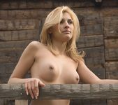 Tree House - Miel - Femjoy 13