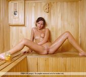 Steaming Honey - Melodie 14