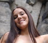Rocks - Danielle - Femjoy 2