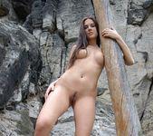Rocks - Danielle - Femjoy 12