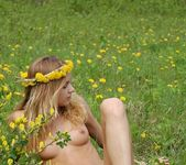 Flower Power - Conny - Femjoy 2