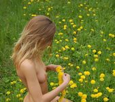 Flower Power - Conny - Femjoy 6