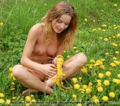 Flower Power - Conny - Femjoy 7