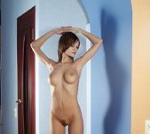 Naked Shadow - Lea - Femjoy 5