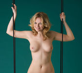 Swing - Michaela - Femjoy 4