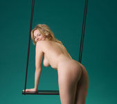 Swing - Michaela - Femjoy 7