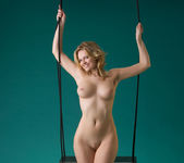 Swing - Michaela - Femjoy 14