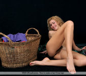 Laundry Girl - Selena 12